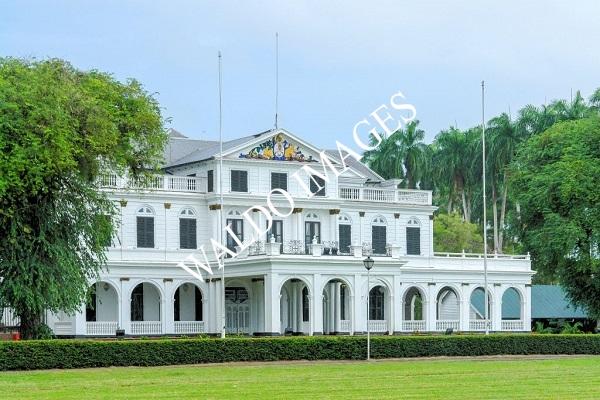 Presidentieel paleis in Paramaribo
